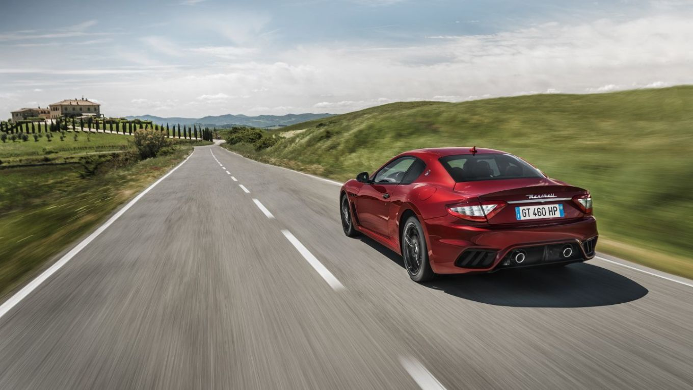 GranTurismo18-rear-in-motion